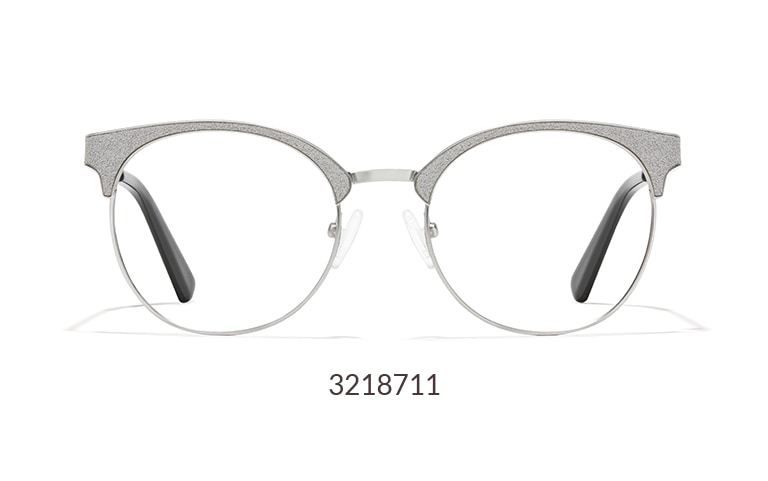 With a sophisticated shimmery brow, these round glasses 3218711 add just the right amount of glam to any outfit.