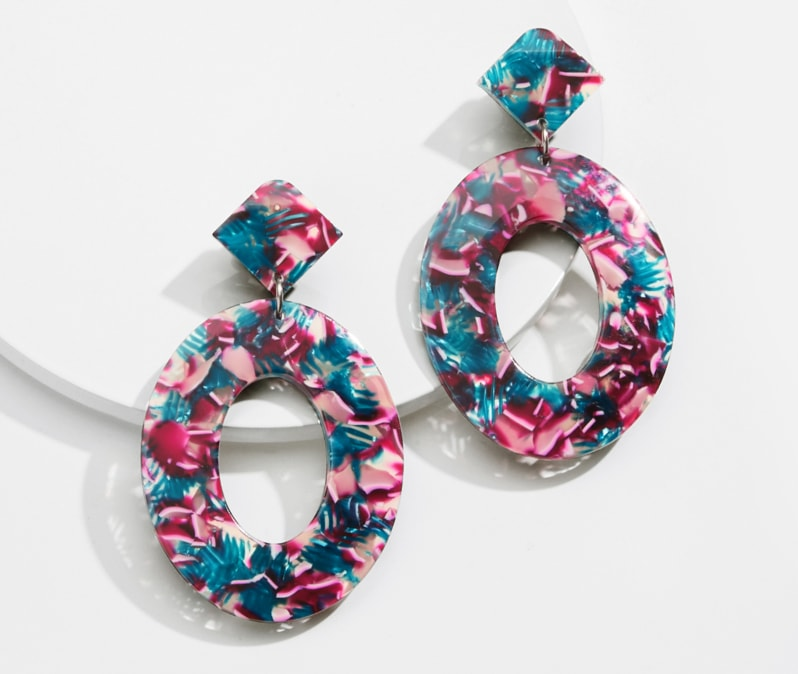 Image of oval drop earrings in floral #A750000239.