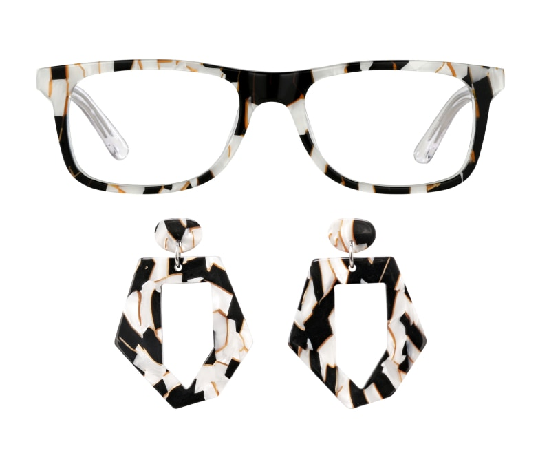 Image of Zenni rectangle glasses #4417431 and earrings #A750000135.