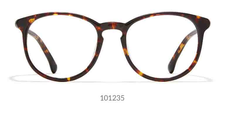 These round eyeglasses can either be a bold pair of everyday glasses or a chic pair of sunglasses. Made with lightweight acetate, the medium-narrow frame features a fashionable keyhole nose bridge. Shown in classic tortoiseshell.