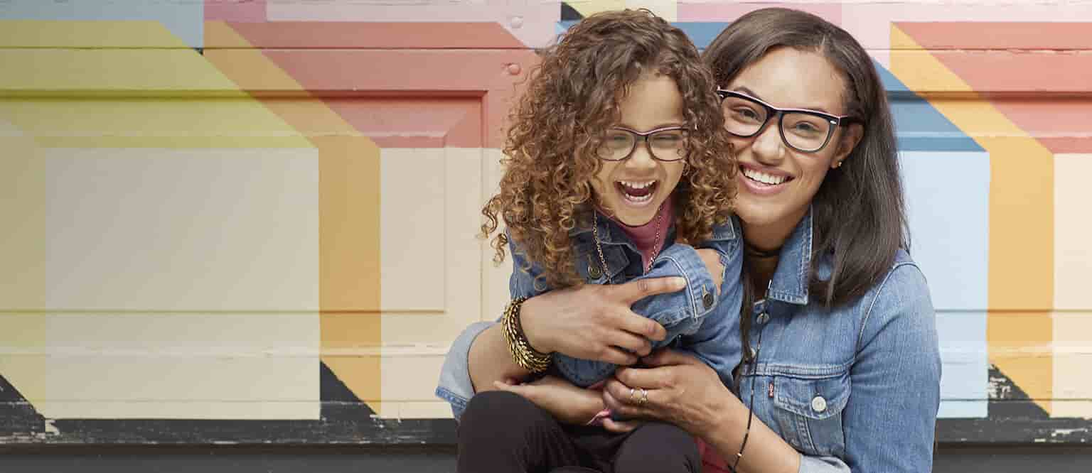 This is adorable — no, twice as adorable. You and your daughter both looking fashionable with matching frames. She takes after you — really, mirror image.